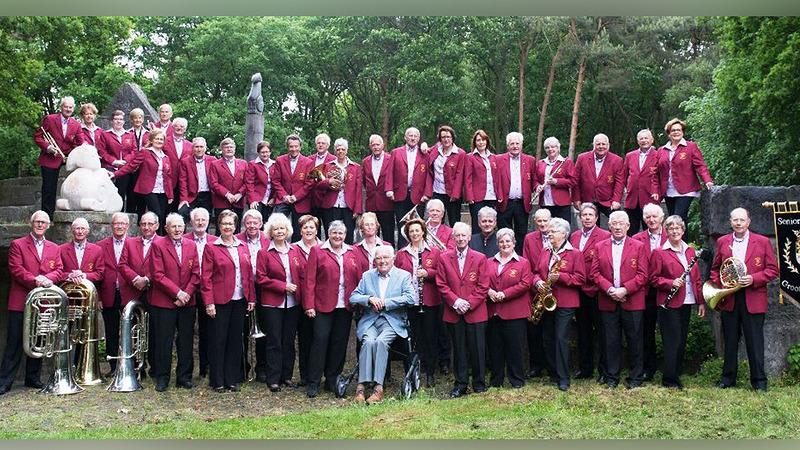 ONA schenkt instrumenten aan seniorenorkest
