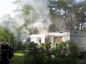 Stacaravan uitgebrand op camping Bakkum