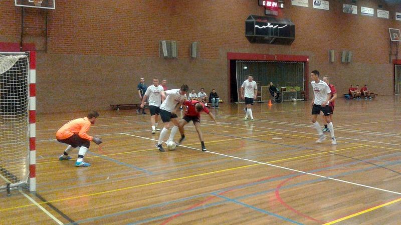 Uitslagen Stichting Zaalvoetbal Someren