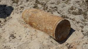 Bom gevonden langs de Zeeweg