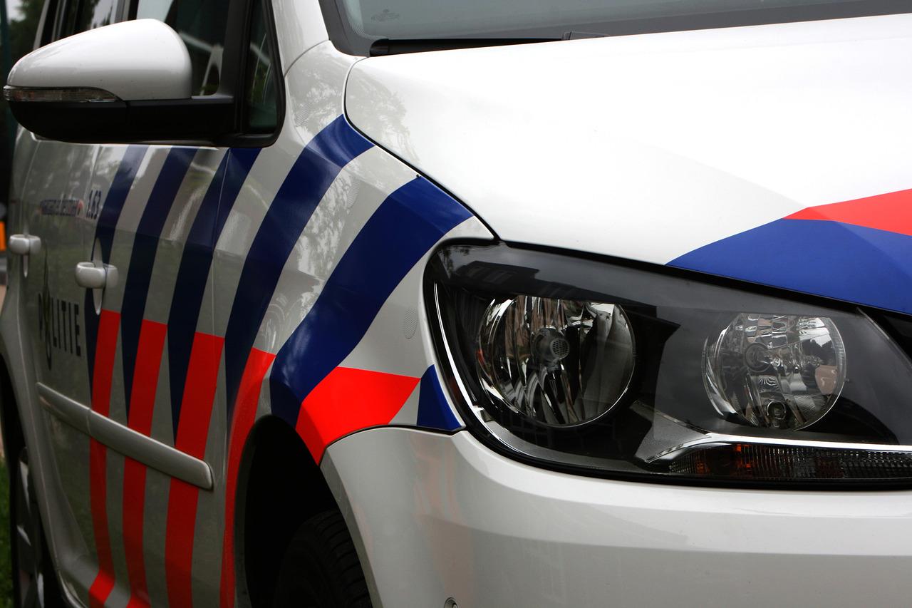 a46d1d8ff38030 Op de Rekoutweg in de buurt van Gronsveld heeft de politie een drugslab  gevonden. De ontdekking begon met een melding die de brandweer vrijdagavond  ontving ...