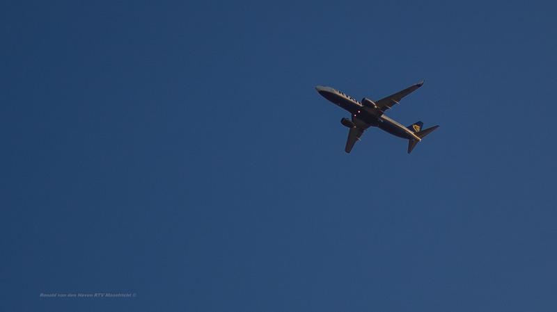 Ronald van den Hoven/RTV Maastricht_vliegtuig