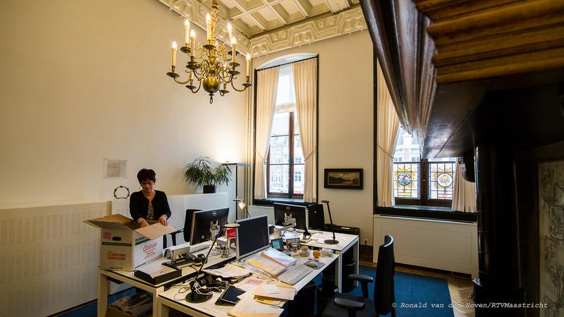 ambtenaren weer in het stadhuis_Ronald van den Hoven / RTV Maastricht