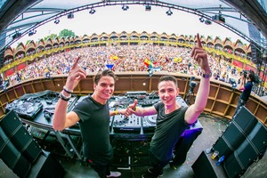 DJ-duo Lucas & Steve op mainstage Tomorrowland