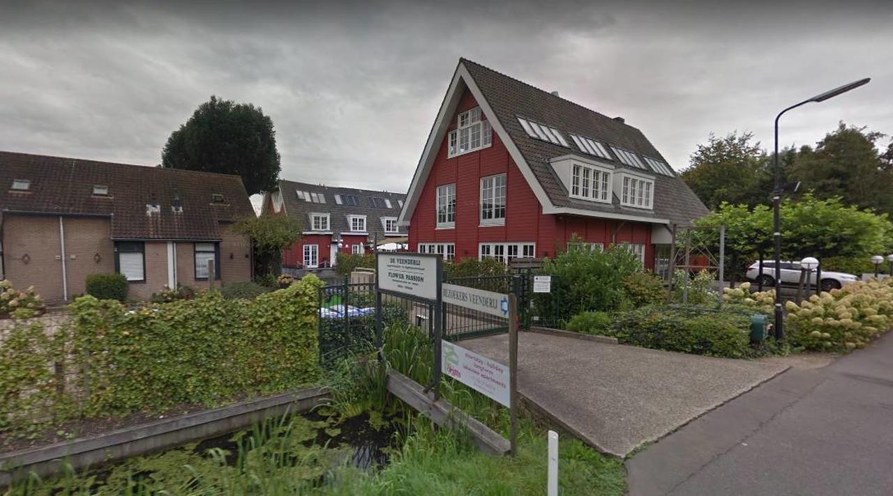 Chef kok villa lokeend naar restaurant in amsterdam rtv ronde venen for Moderne kookstijl