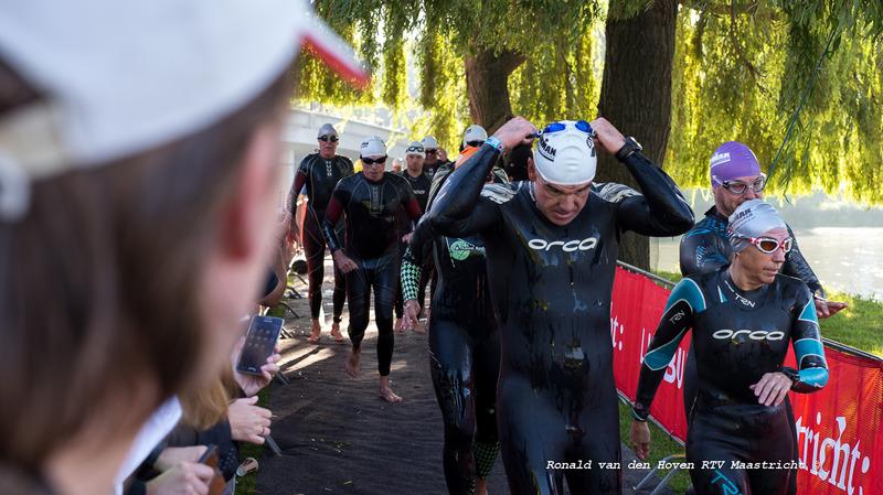 Ironman 2017 zwemmen-4_Ronald van den Hoven / RTV Maastricht.