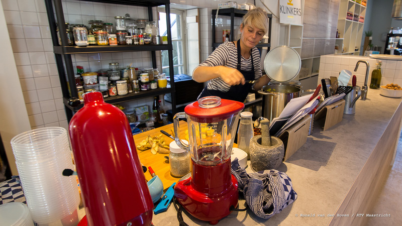 The Broth Bar_gezond eten koken_Ronald van den Hoven / RTV Maastricht.
