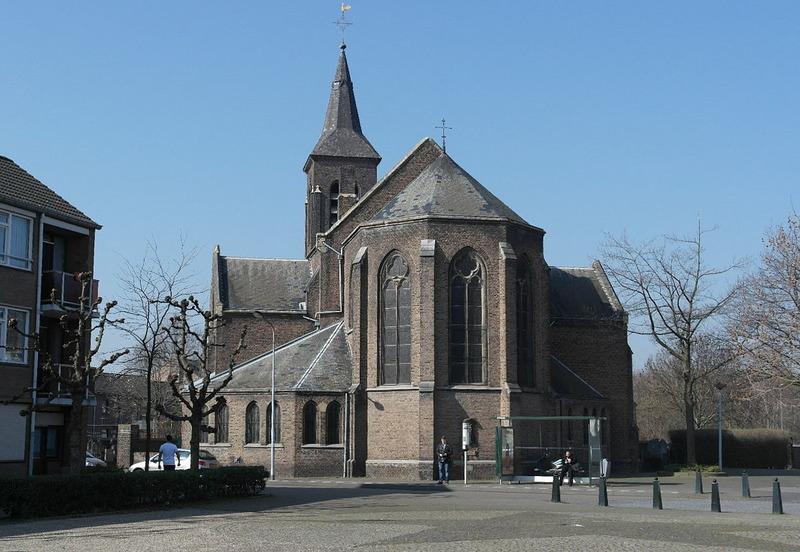 Maastricht,_Limmel,_StJandeDoperkerk
