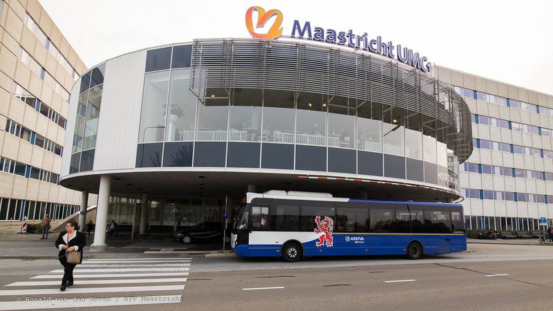 UMC+ ziekenhuis AZM_bussen_Ronald van den Hoven / RTV Maastricht.