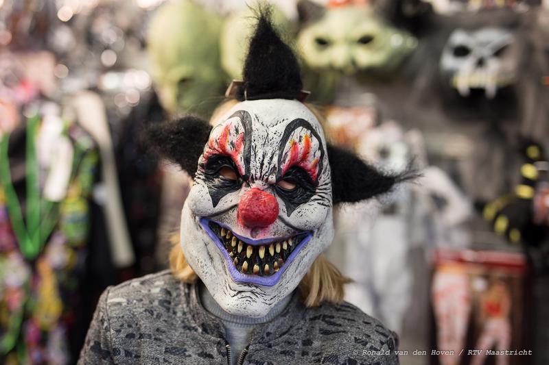 halloween eng clownsmasker_Ronald van den Hoven / RTV Maastricht.