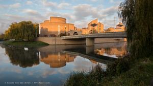 Limburgs filmfonds past regels aan