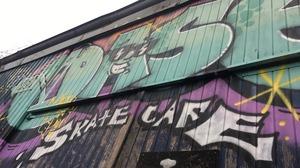 Skaterscafé tegen de vlakte